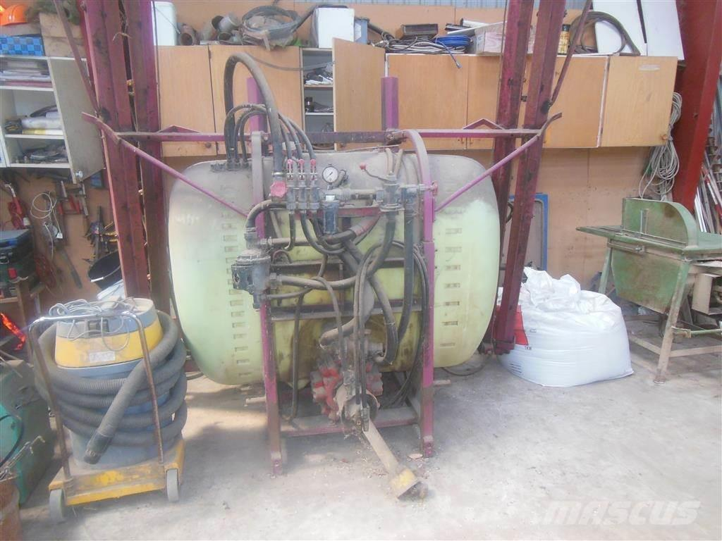 Hardi 900L, 12m 361 pumpe