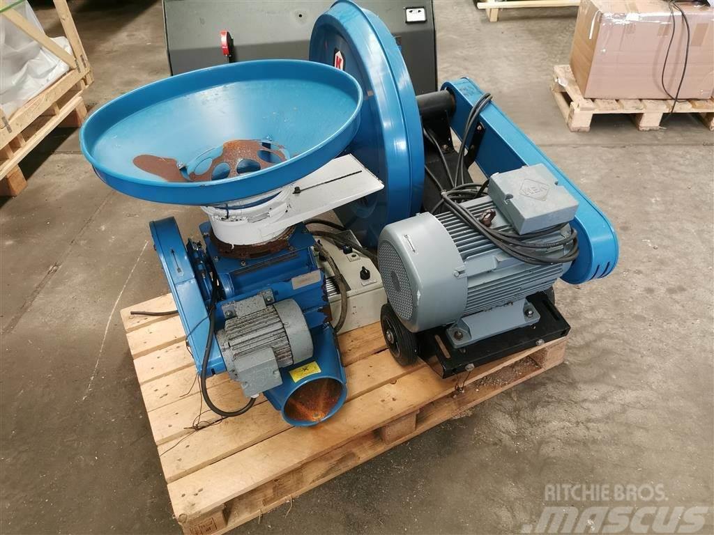 Kongskilde TRL-150 med CAD 20 cellesluse