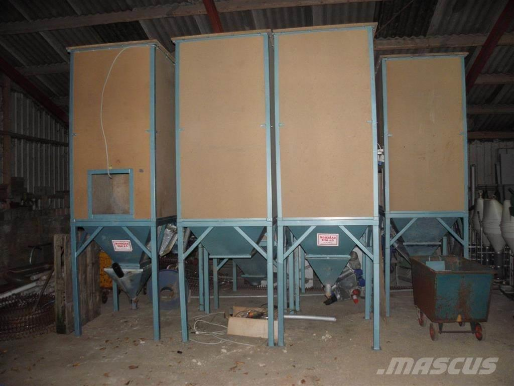 Mosegård ca. 1 tons siloer, 2 stk. i alt