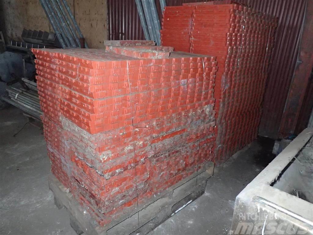 [Other] Plastikriste 40 x 40 212 stk.