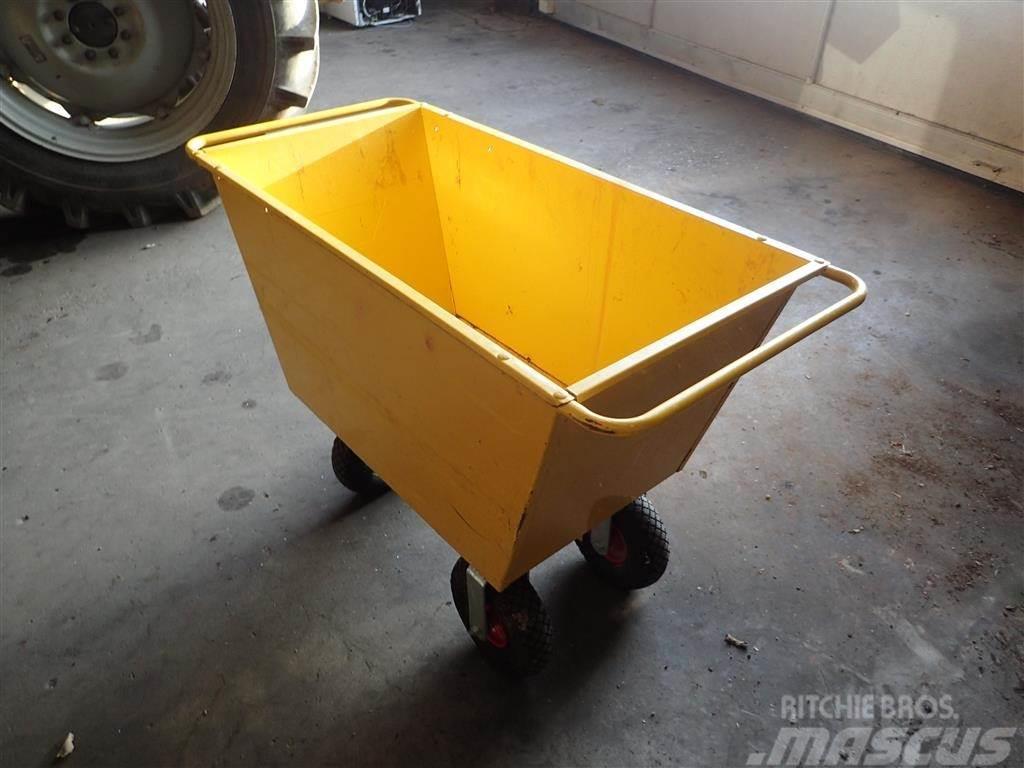 [Other] Fodervogne 200 L 4 hjulet.