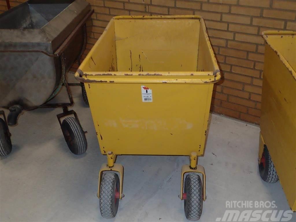 [Other] Fodervogne 2 stk. 4 / 3 hjulet.