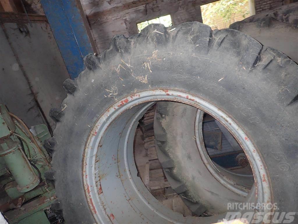 [Other] Tvillingehjul, 18,4 x 38, med fælgring og låse