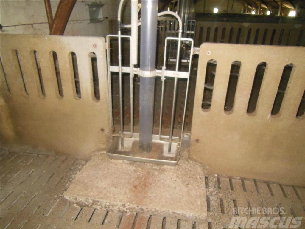 [Other] Rørfodringsautomater, 2 stk. rustf