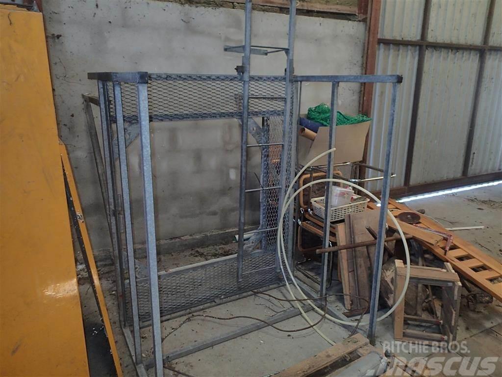 [Other] Platform til gyllepumpe
