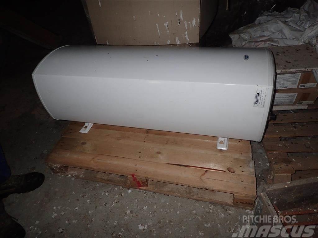 [Other] Varmtvandsbeholder 140L til pillefyr