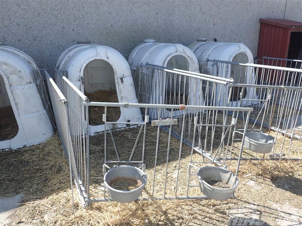 [Other] Kalvehytter med løbegård
