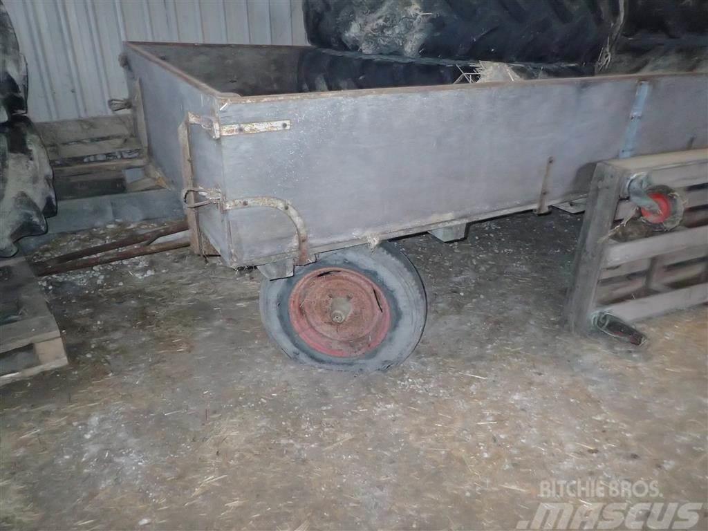 [Other] 4 Hjulet vogn