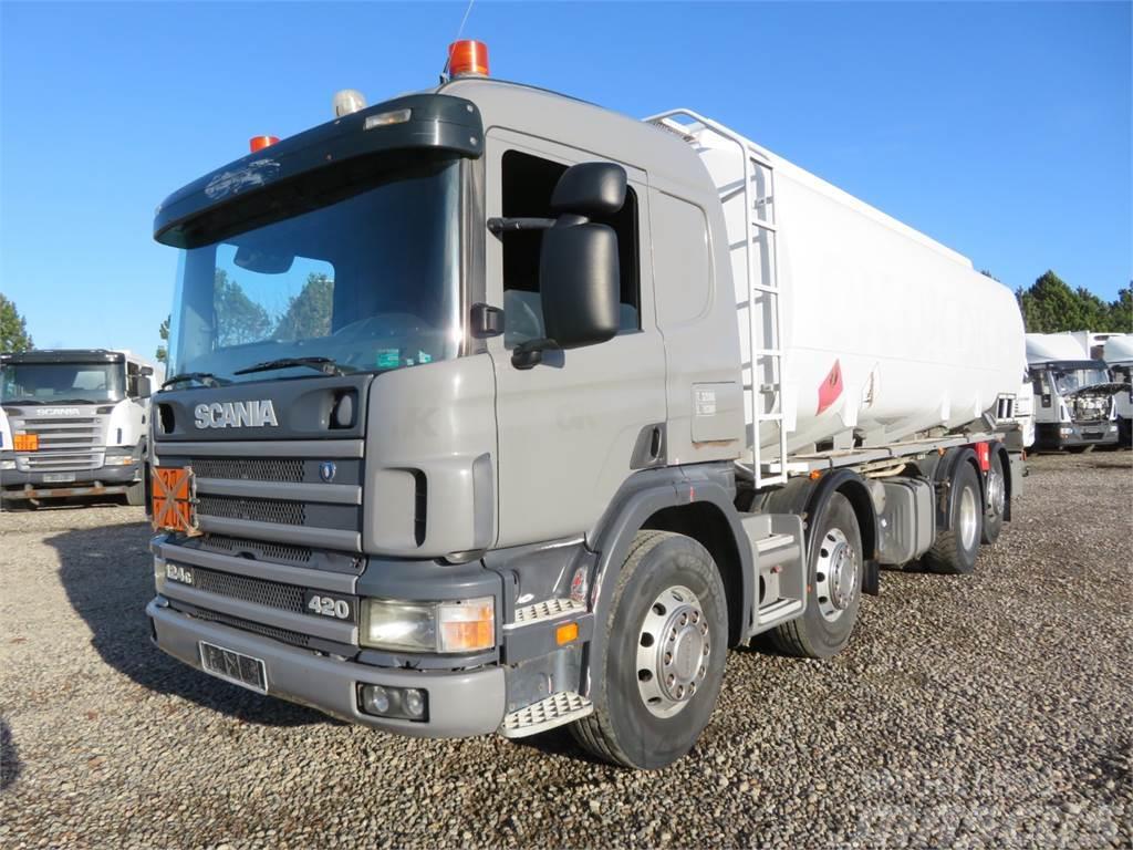 Scania 124-420 8x2*6 24.000 l. ADR