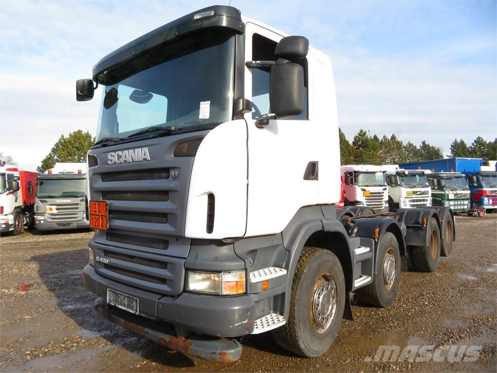 Scania R480 8x2 ADR Chassis