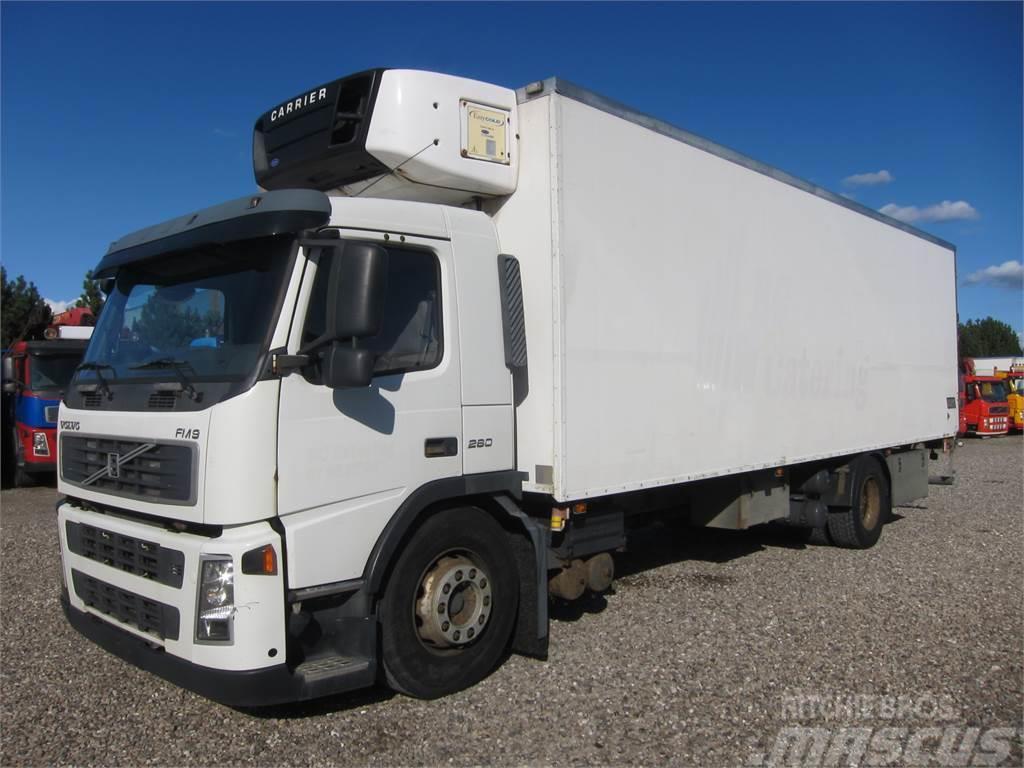 Volvo FM9-260 4x2 Carrier