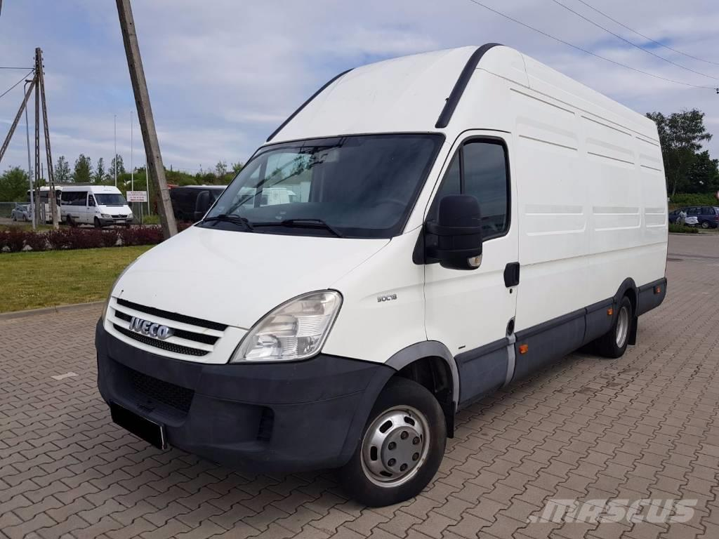 iveco daily 50c18 occasion prix 8 849 ann e d 39 immatriculation 2008 utilitaire iveco. Black Bedroom Furniture Sets. Home Design Ideas
