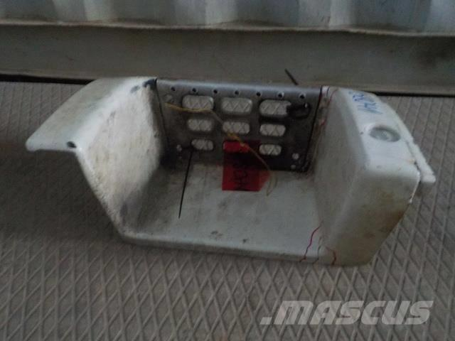 Volvo FH Step body lower left 8141003 8141312 FH241