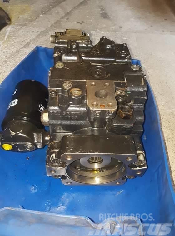 Sauer Danfoss pumpa jazdy Timberjack 1110 504086  90R100 LA5CD