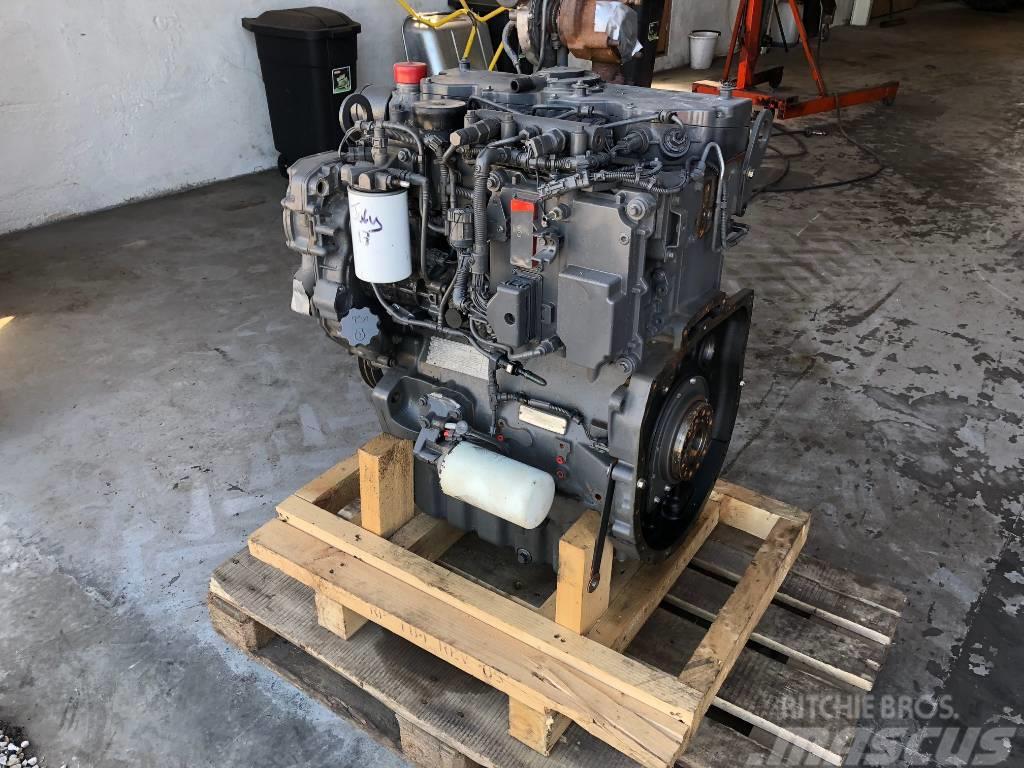 Massey Ferguson 5455 ENGINE