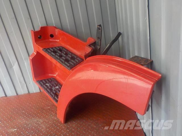 Mercedes-Benz Actros MPIII Step body upper left 9436600101 94320