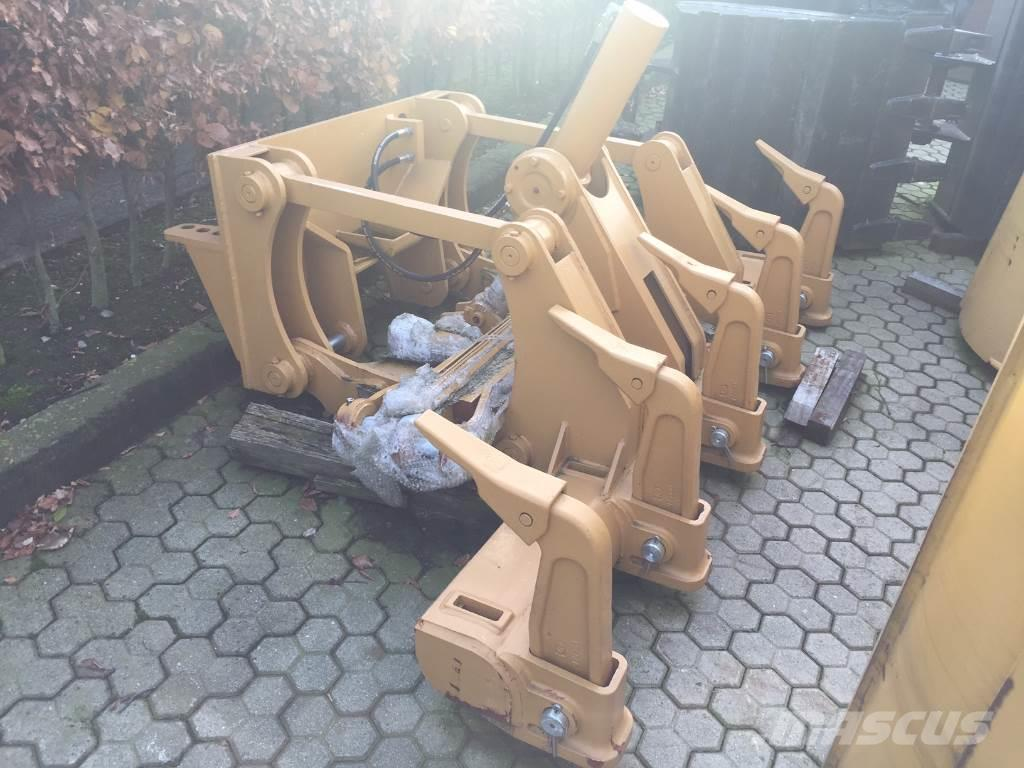 Caterpillar ripper to fit 140H/K
