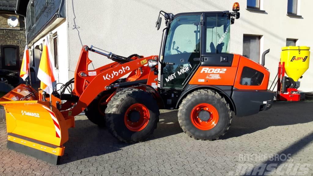 Kubota R082
