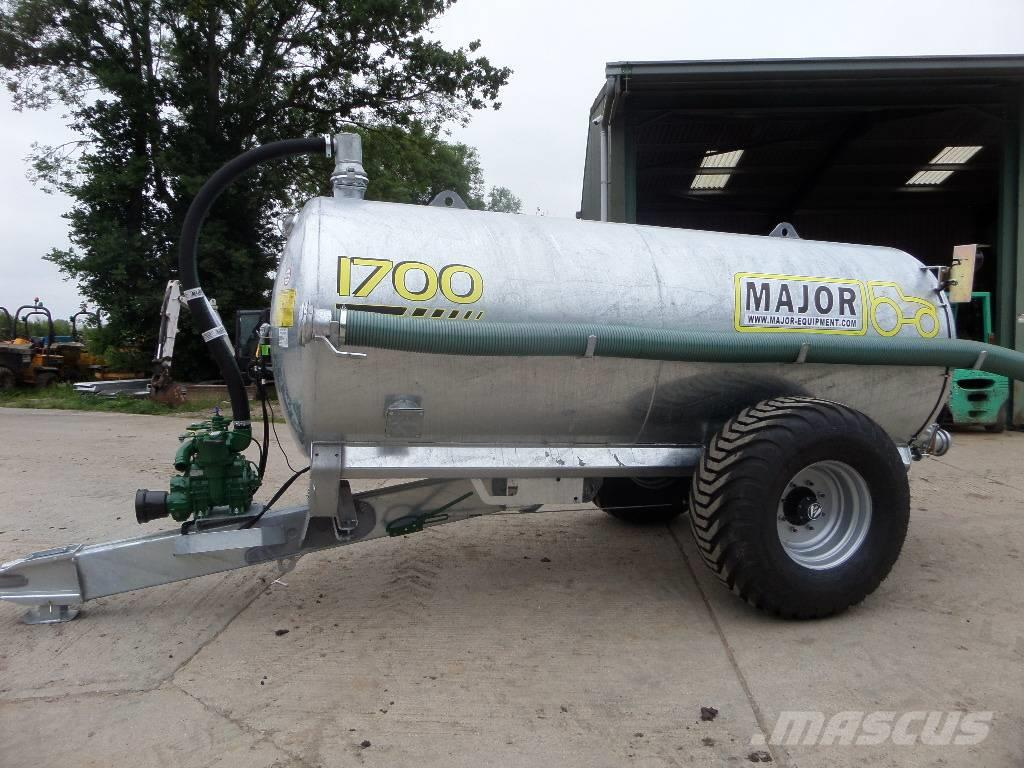 Major 1700 gallon tanker