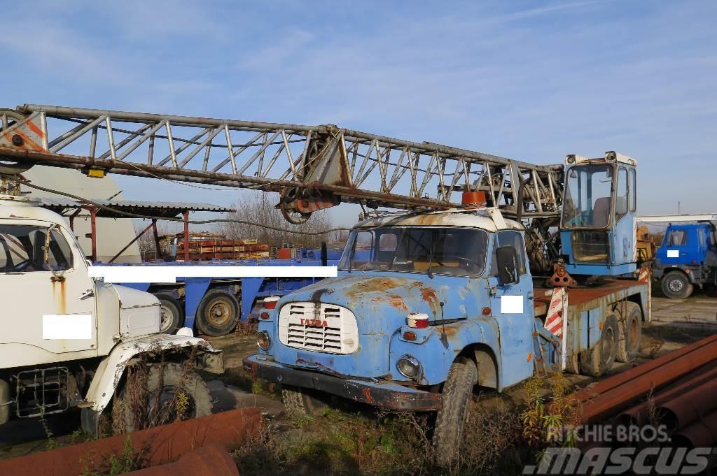 Tatra T 148