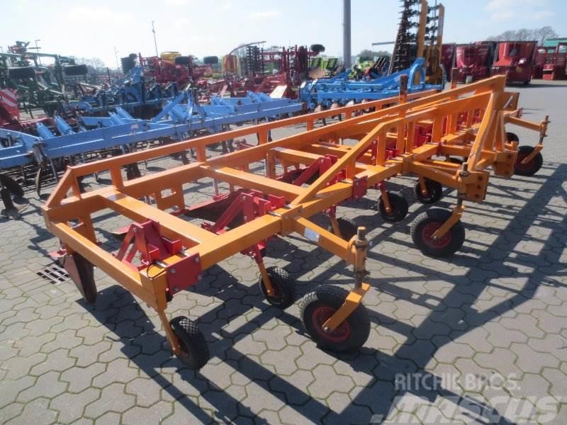 [Other] SONSTIGE Boels 9R-RV Dammformer