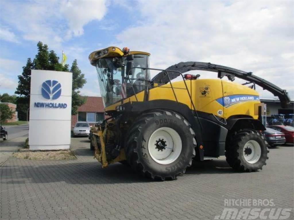New Holland fr 700