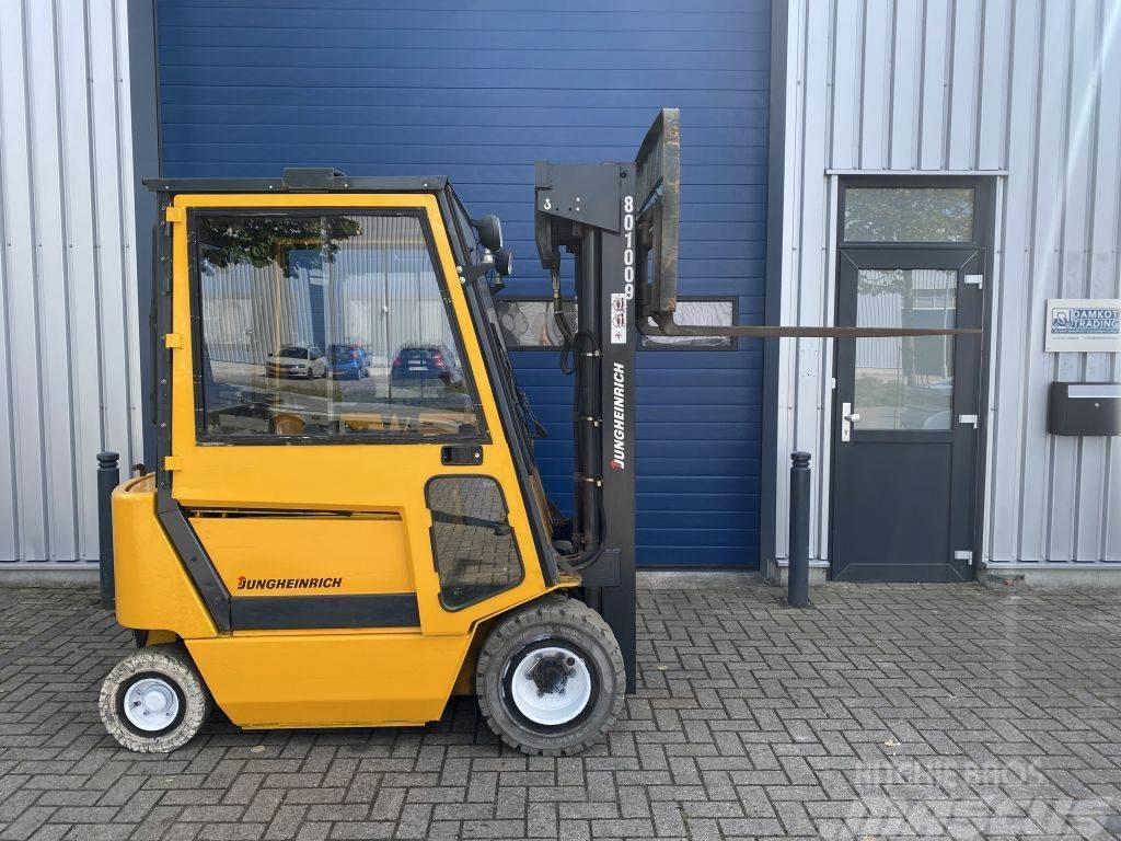 Jungheinrich 2 ton elektrische heftruck triplo sideshift