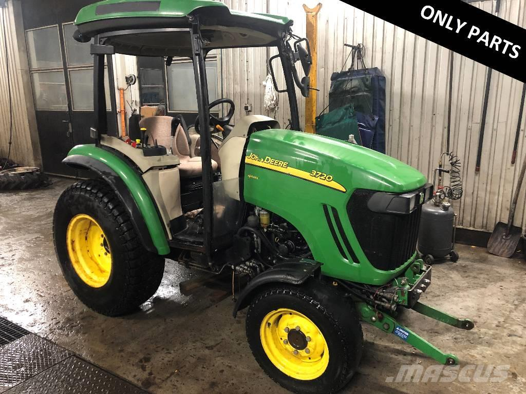 John Deere 3720 Dismantled: only spare parts