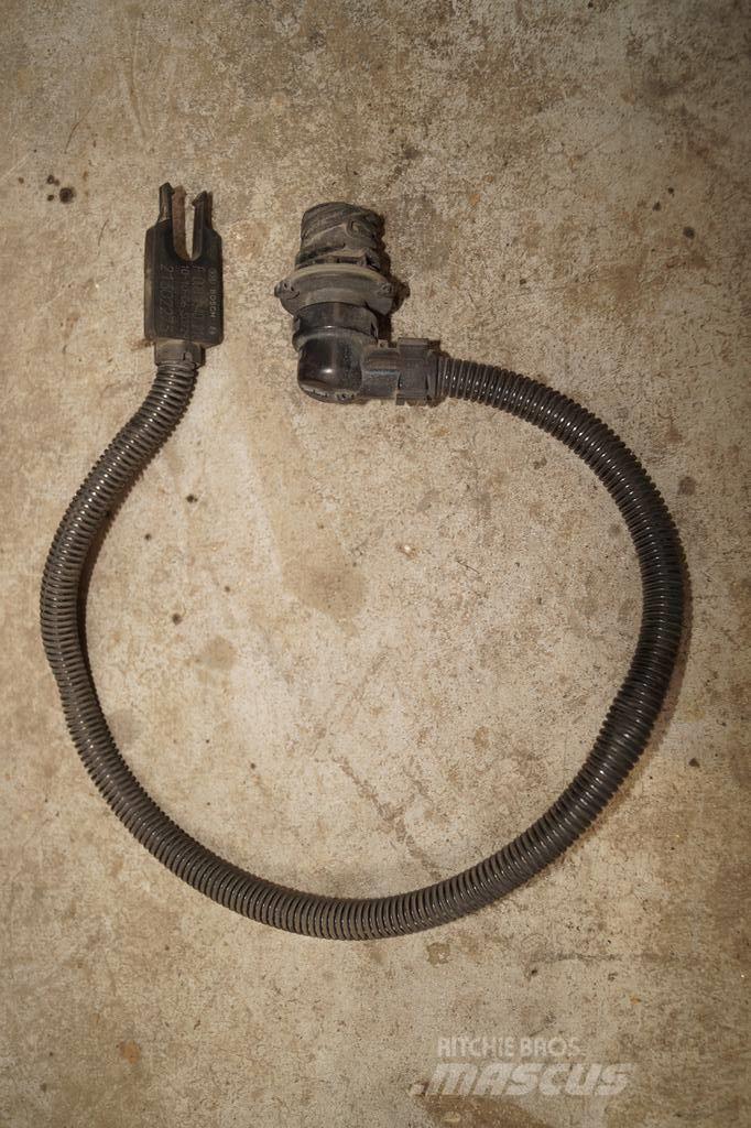 Renault Premium / Adblue fluid heater on the pump