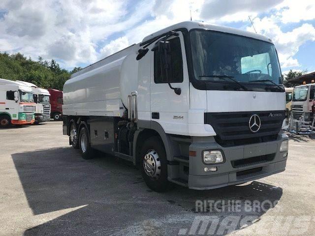 Mercedes-Benz ACTROS 6x2 2544