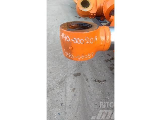 Doosan Lepelsteel cilinder - Solar 170- 185 - 440-00020A