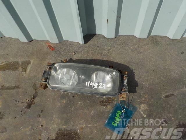 Scania 4 series Fog light left 1422991 1529070 ME1422991
