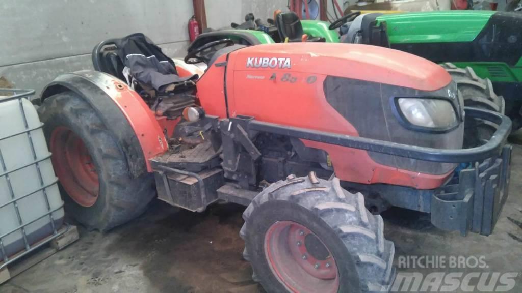Kubota m8540 (new holland-deutz-massey ferguson)