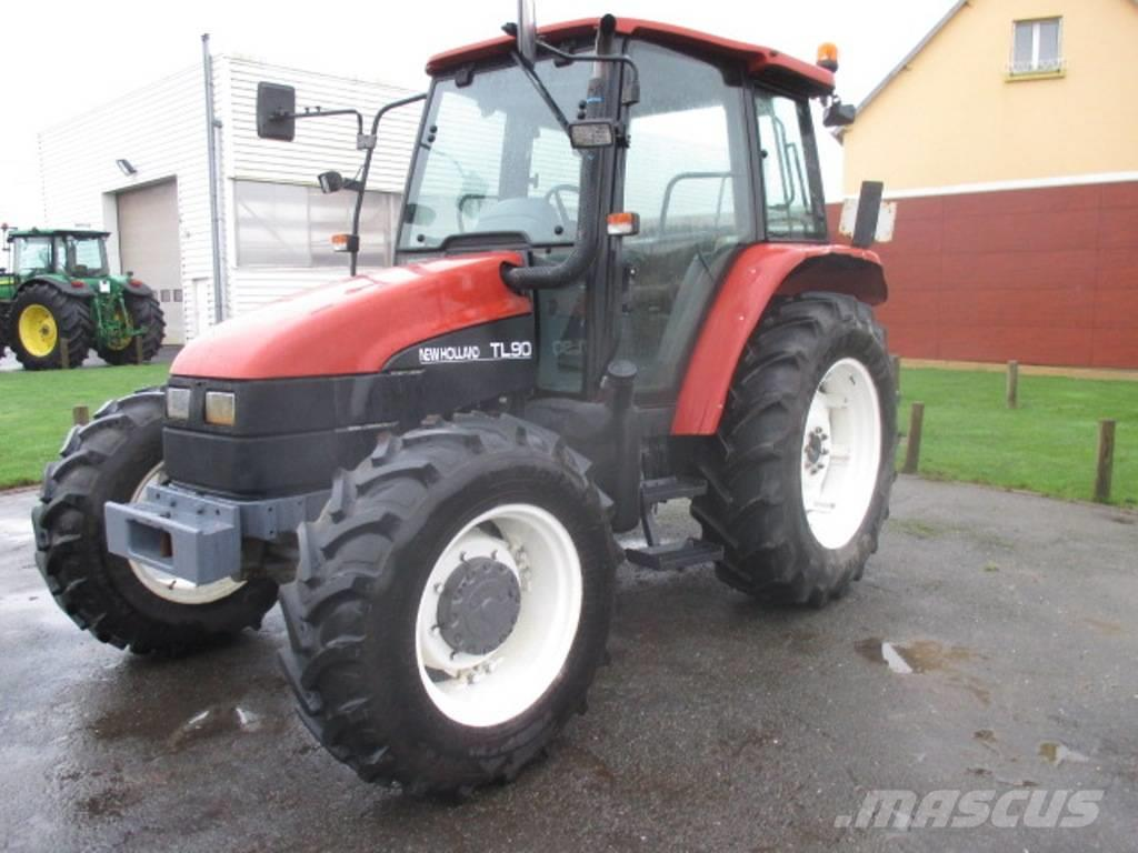 LOT NEW HOLLAND X3 TL90/TL65/6635, 2000, Traktorer
