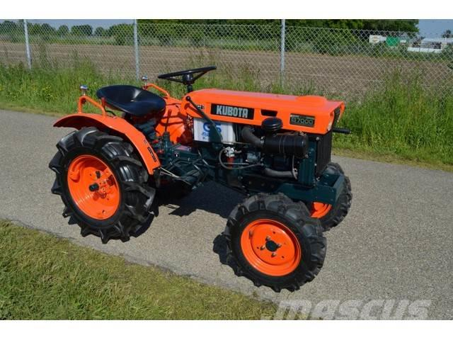 Kubota B7000 4WD 15 PK minitractor NIEUWSTAAT