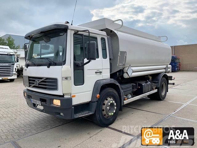 Volvo FL619 7000+2000+5000 liter 2003