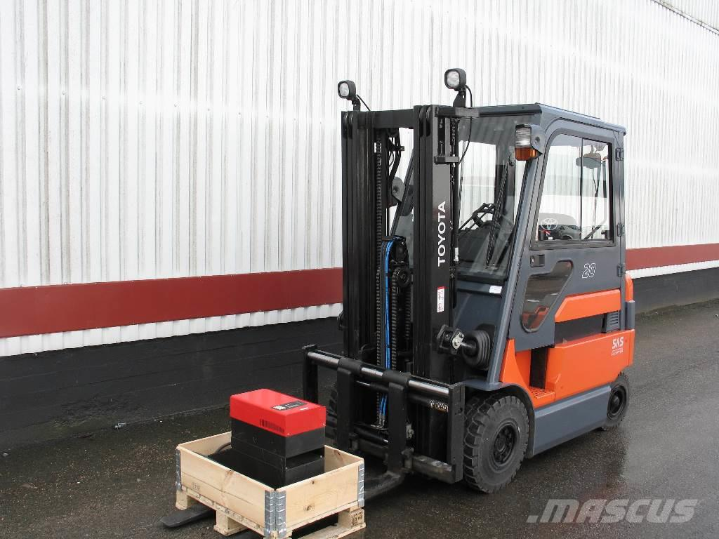 Used toyota 7fbmf20 electric forklift trucks year 2008 for Electric forklift motor for sale