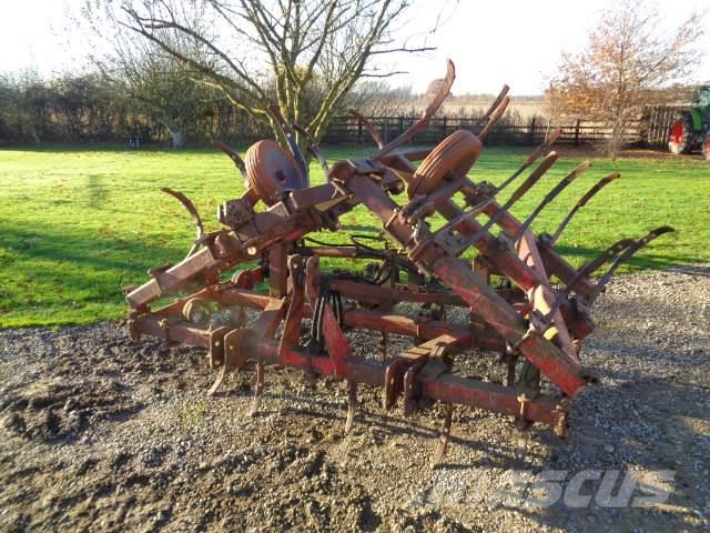[Other] 4.8 meter spring tine cultivator