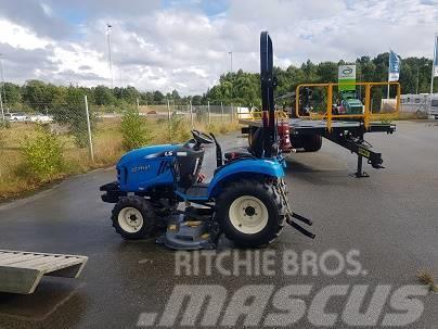 LS traktor J27