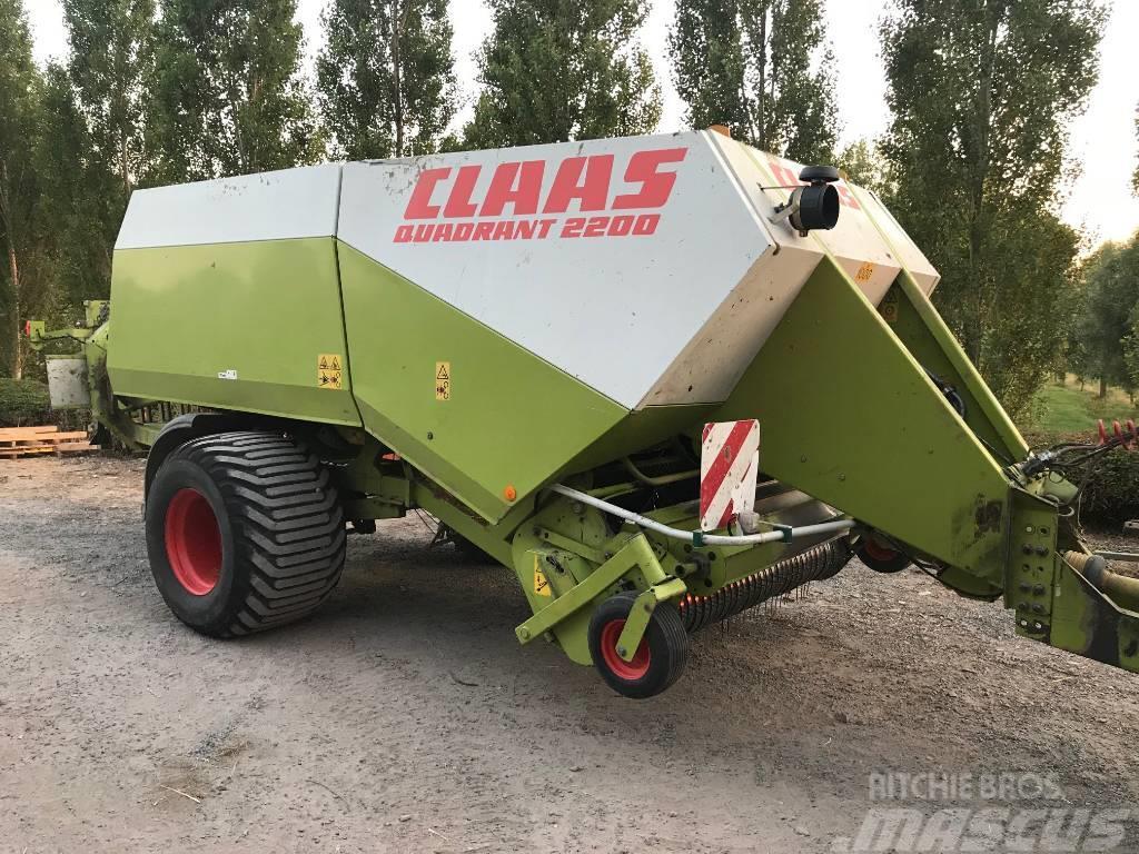CLAAS Quadrant 2200
