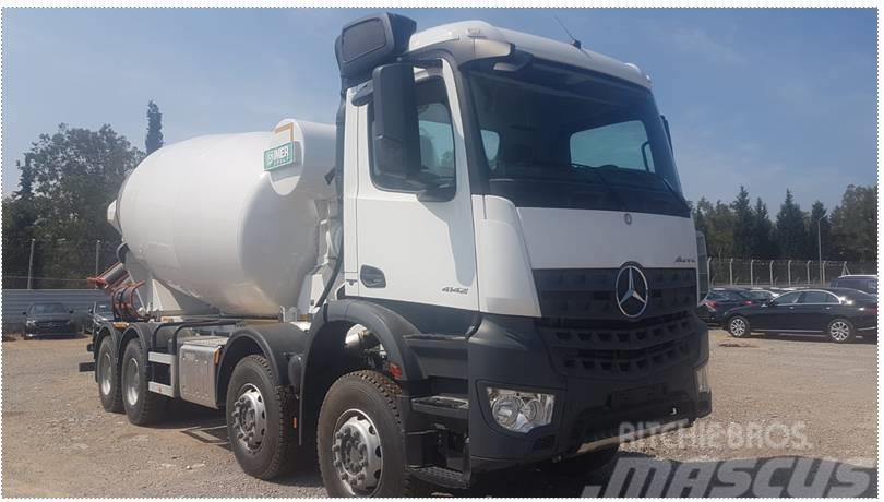 Mercedes-Benz 4142
