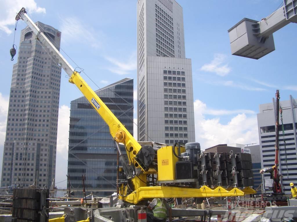 Herkules Portable Rooftop Crane RK22-219