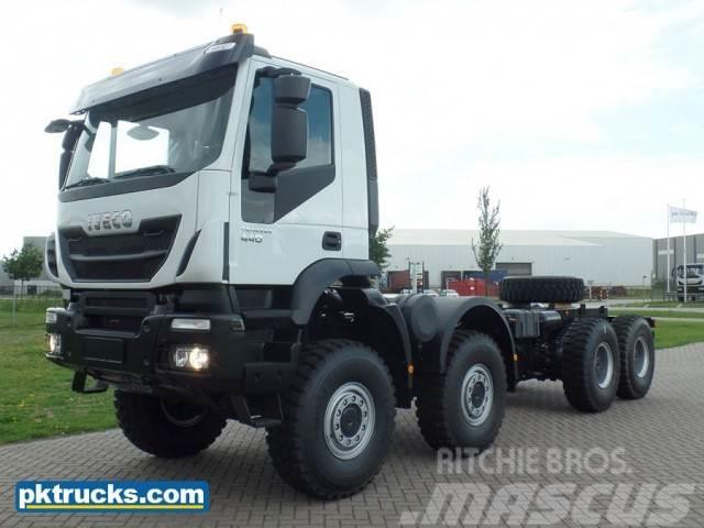 Iveco Trakker AD410T44WH