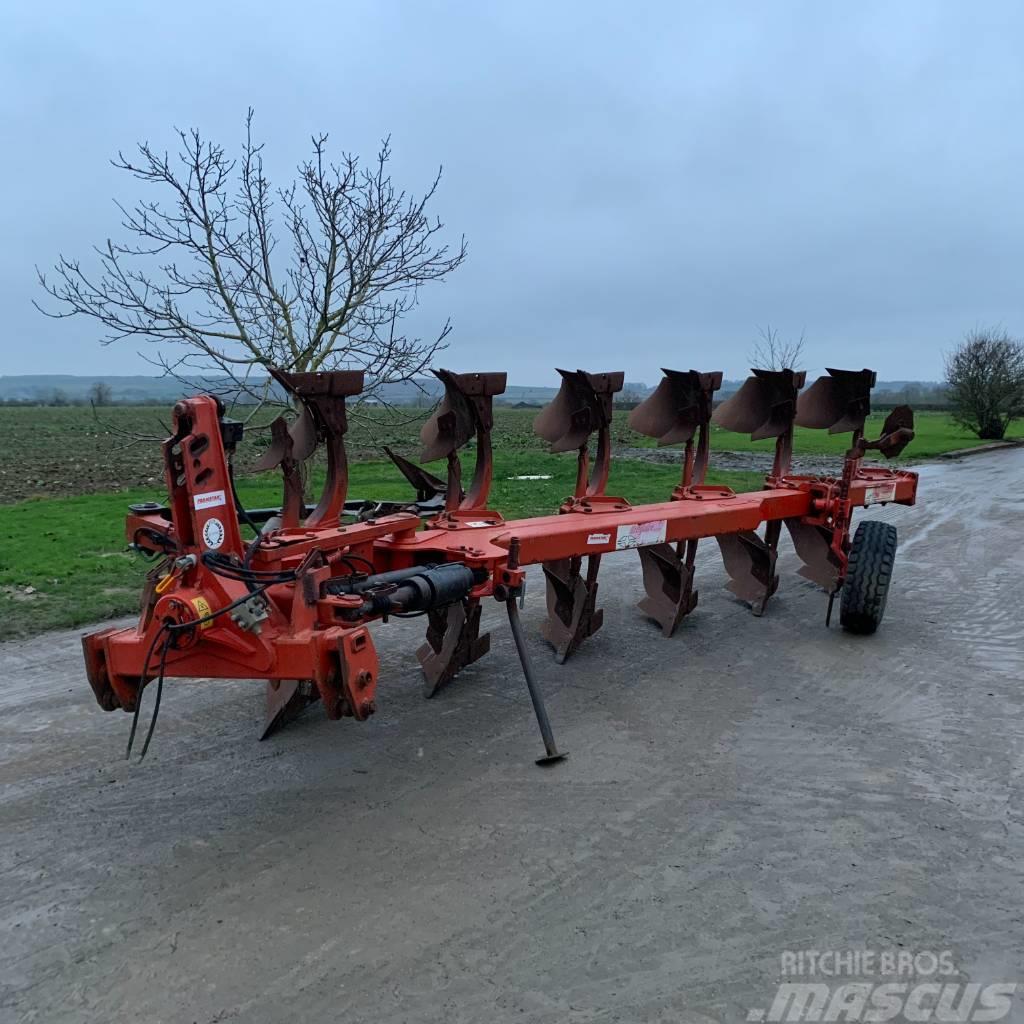 Gregoire-Besson 5+1+1 reversible plough