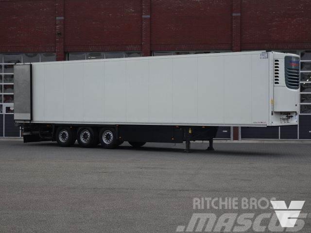 Schmitz Cargobull SKO24 Frigotrailer Hooks / Rohrbahnen / Vleeshang