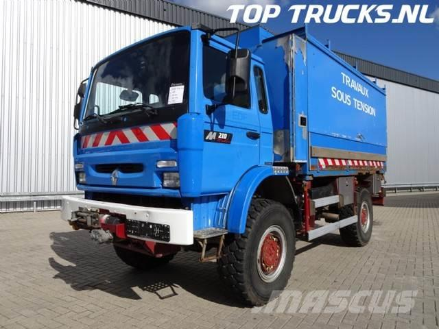 Renault M 210 4x4 with winch