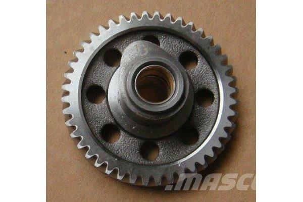 Cummins ISDe engine camshaft gear 3955152