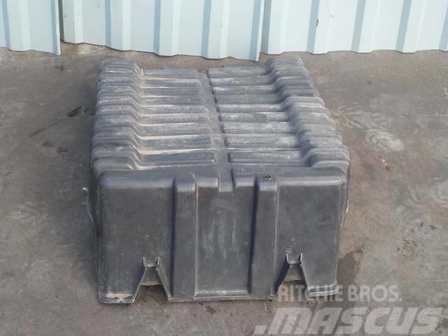 DAF XF 95 Battery box cover 1603386 SA2D0464 AC1603386