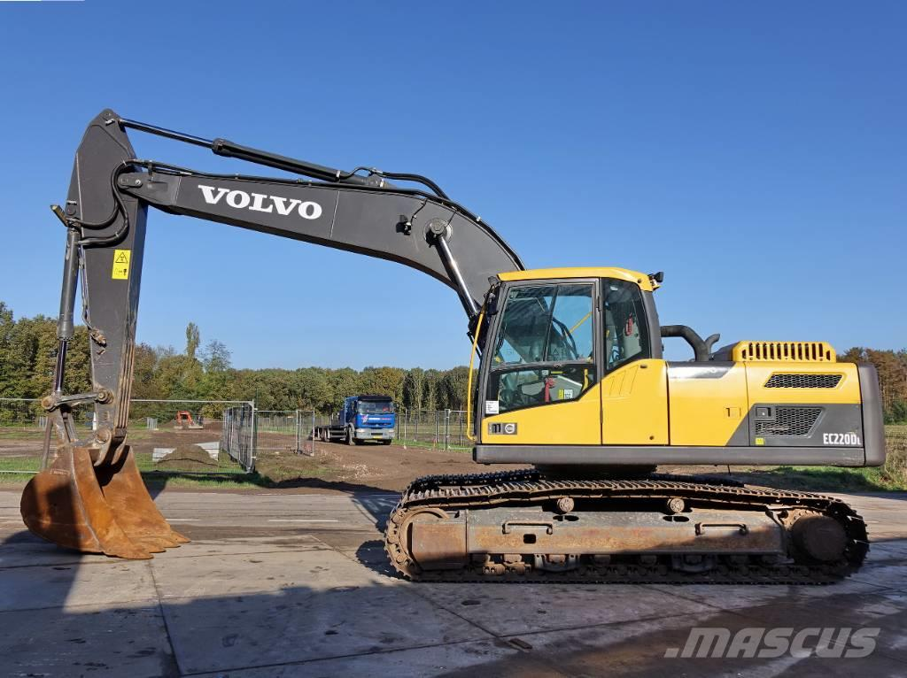 Volvo EC220DL CE / top condition