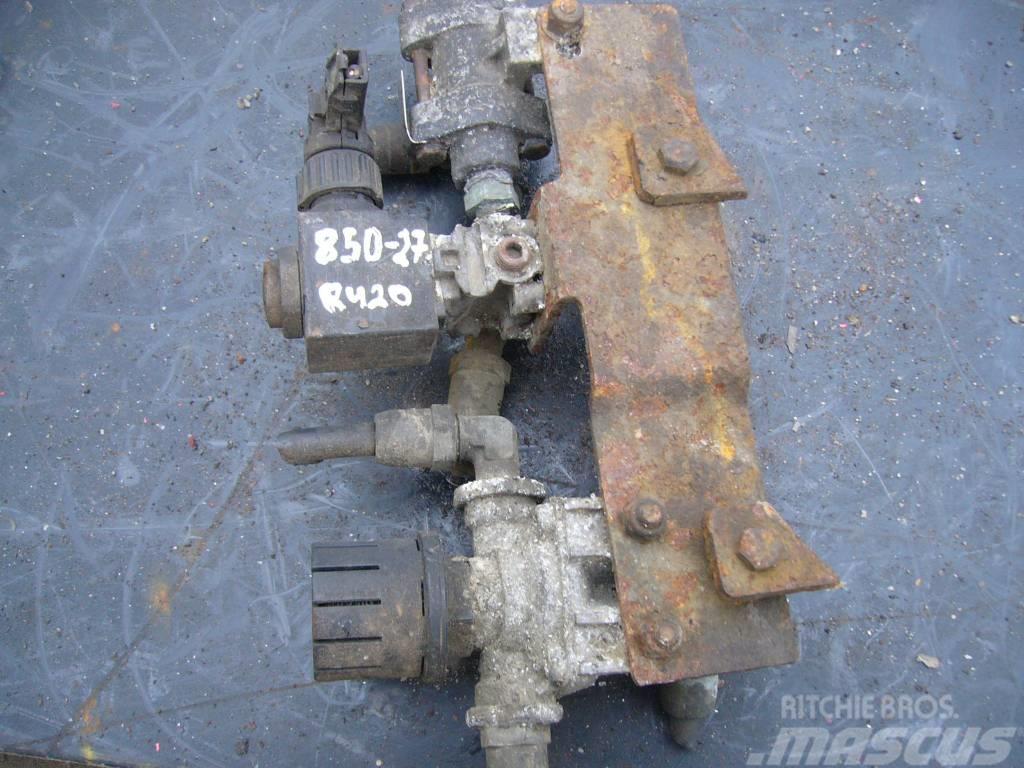 Scania R420 restrictive valve